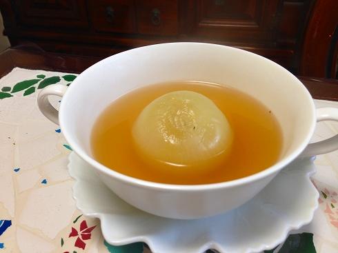 丸ごと玉葱スープ