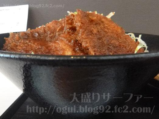 まるほ商店の絶品ソースカツ丼055