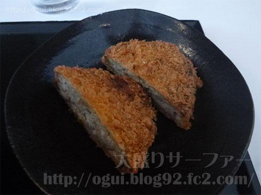 まるほ商店の絶品ソースカツ丼068