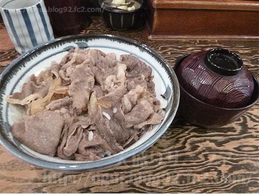 上野広小路口前の東京牛丼牛の力015