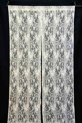 レースの暖簾 カーテンレースの暖簾です。