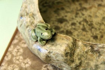 カエルの器(花器)