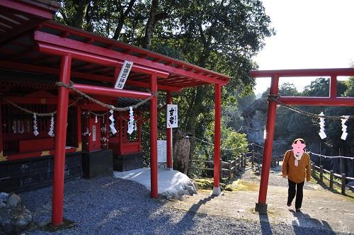 陰陽石神社