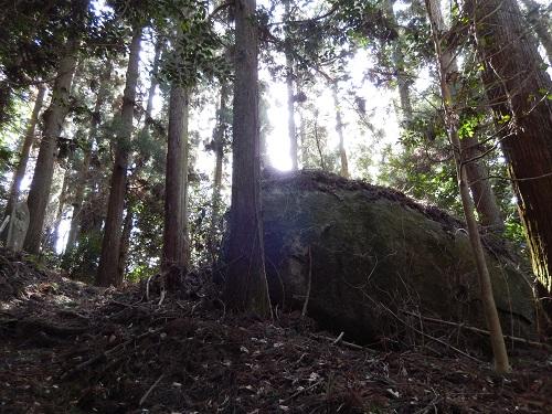 山添岩屋と桝形の間2