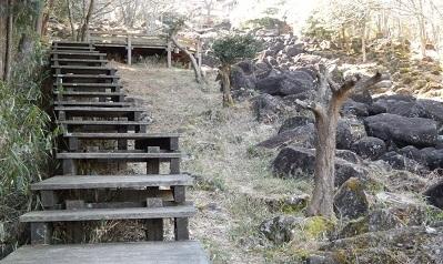 鍋倉渓階段2
