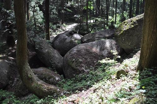 奥宮巨石群10