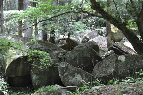 奥宮巨石群12