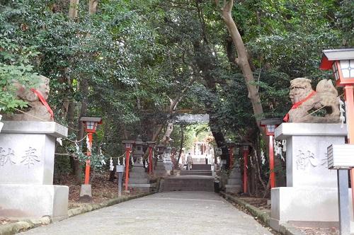 越木岩神社参道1
