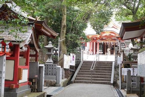 越木岩神社参道2