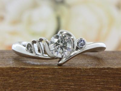 イニシャルエンゲージ(婚約指輪)
