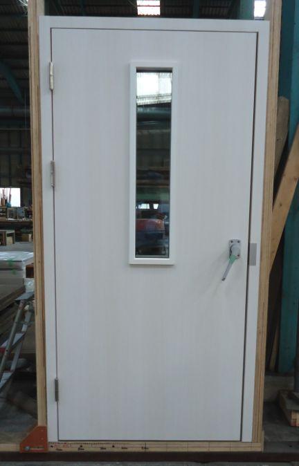 H-3 DOOR2