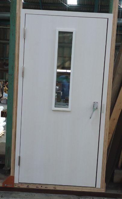 H-3 DOOR1