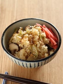ザーサイとひき肉の炊き込みご飯1