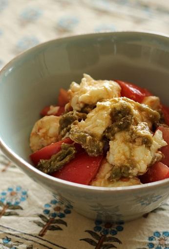 昆布とモッツアレラとトマトのサラダ