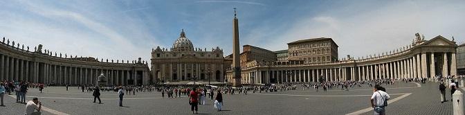 Vatican_StPeter_Square.jpg