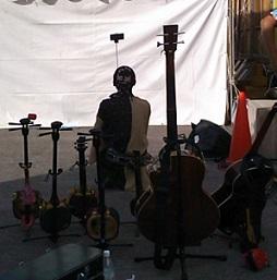 楽器たちと自撮り