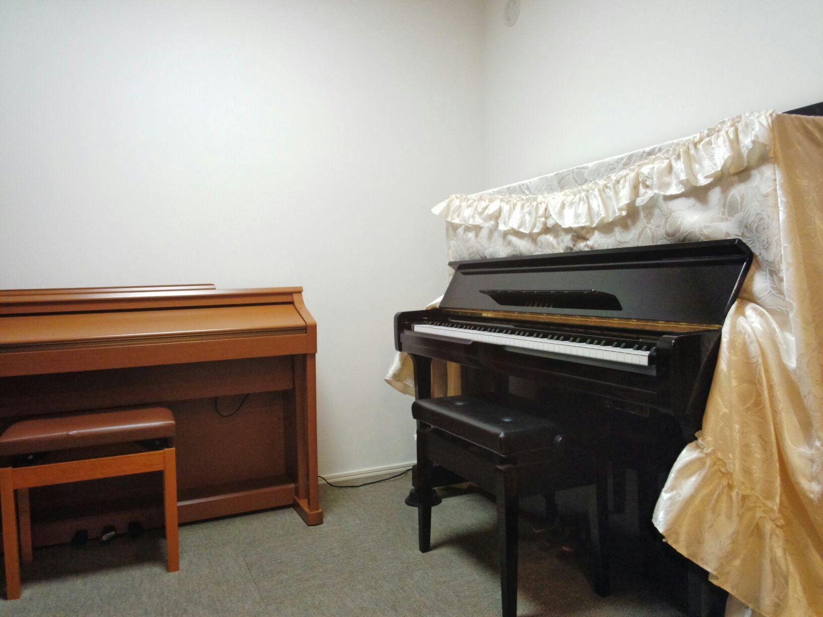 ピアノ部屋1