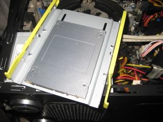 SSDホルダー