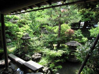 2武家屋敷庭園