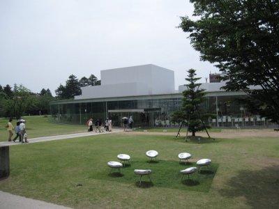 4金沢21世紀美術館