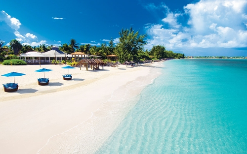 beaches-turks-caicos_bgnd.jpg