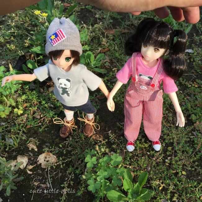 Aoto Lila with my handIMG_3433_Fotor