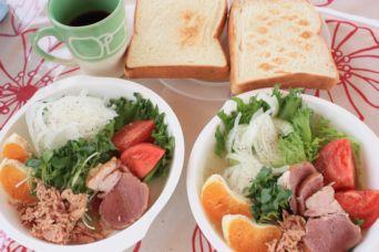 2015潮岬キャンプイノブタハムサラダとトースト