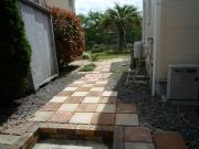 庭通路(駐車場より)P1060377