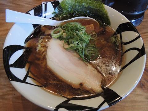 煮干醤油ラーメン(780円)