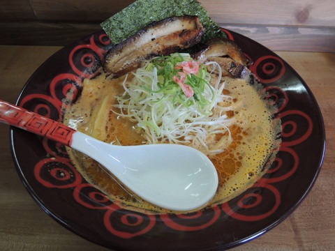 海老味噌らーめん(750円)
