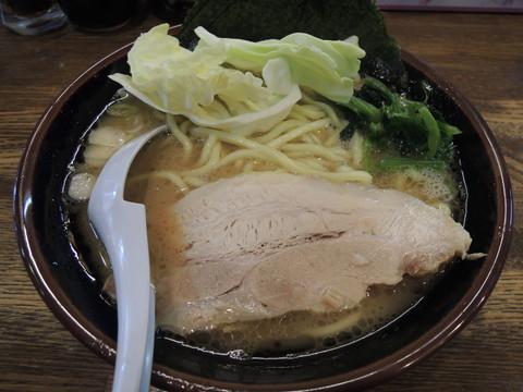 豚骨醤油らあめん 並(756円)