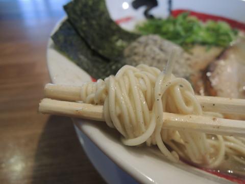石田煮干ダブル×ダブルの麺