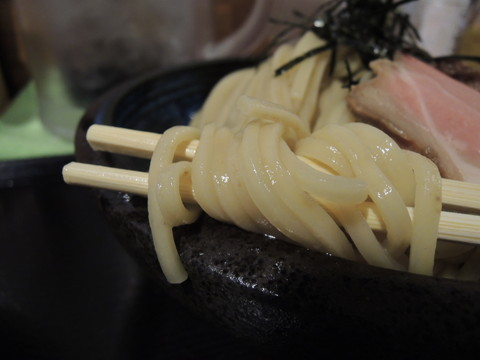 塩つけ麺(中盛300g)の麺