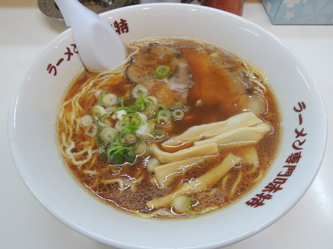 醤油ラーメン(700円)