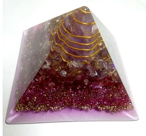 ピラミッド型 オルゴナイト サティさん
