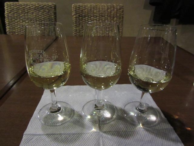 ブラインド白ワイン3種-1