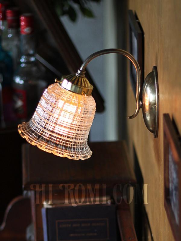 ヴィンテージコロニアルスクエアカットガラスシェードのブラケットランプ/ヴィクトリアン壁工業系照明