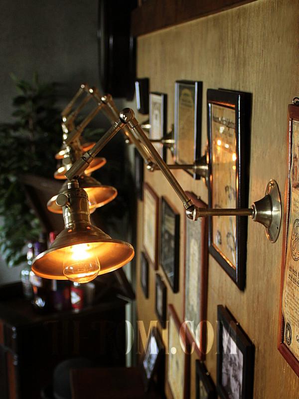 LEVITON BRASS WALL LAMP 店舗設計 新築 リノベーション