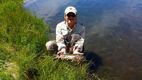 グリ-ンドレイクのハッチで釣れました。