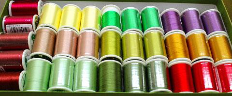 メイン仕様のシルク糸