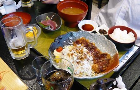 海山:トンカツ定食
