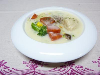 ホタテと色々野菜のクリームシチュー