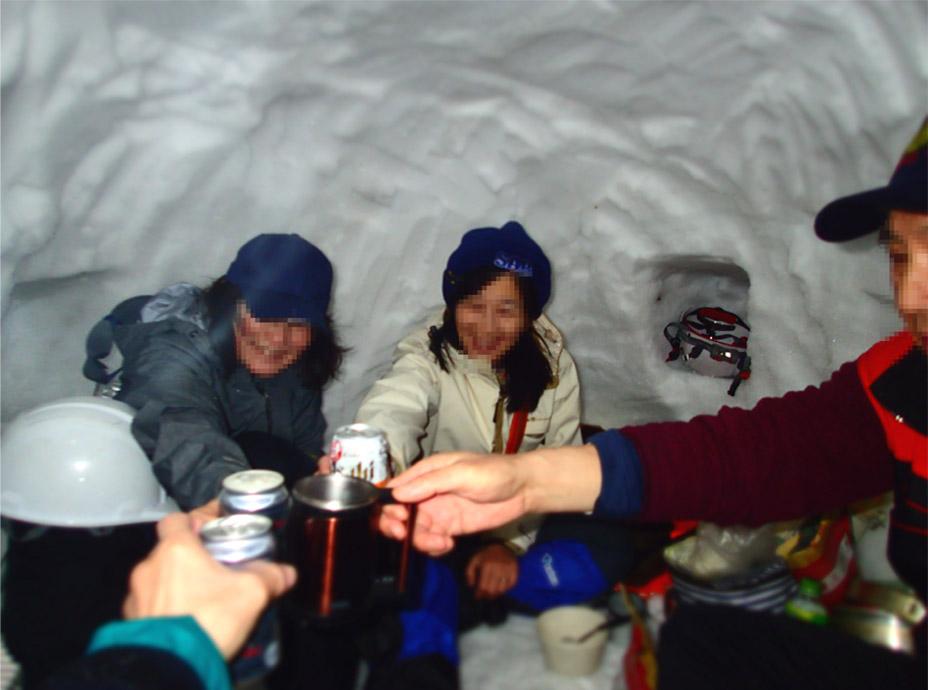 3月27日 雪洞泊(1)