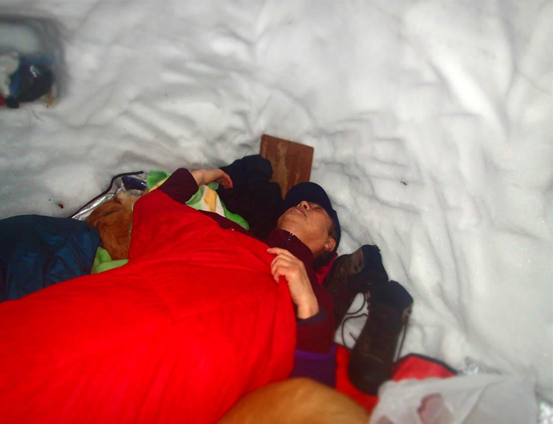 3月27日 雪洞泊(12)