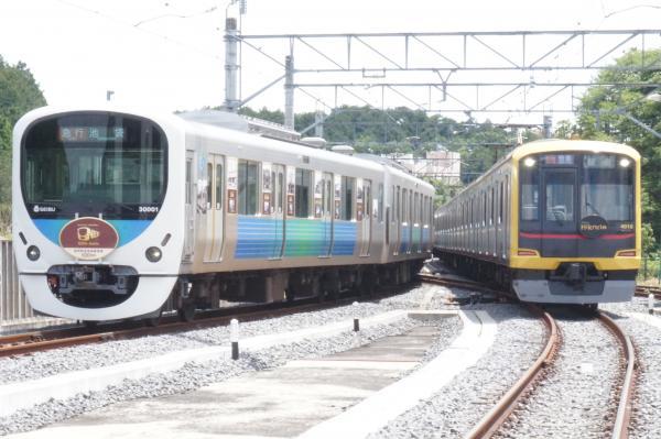 2015-06-07 西武30101F 東急4110F 1