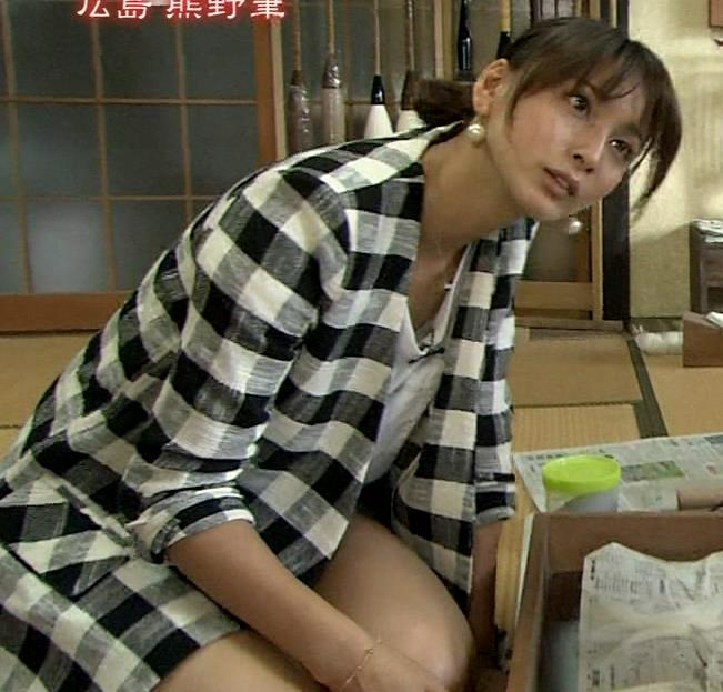 加藤夏希 太ももキャプ・エロ画像2