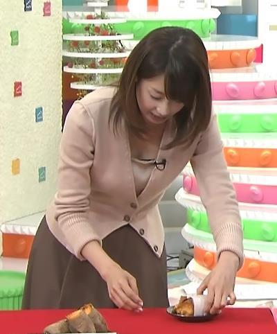 加藤綾子 胸ちらキャプ・エロ画像6