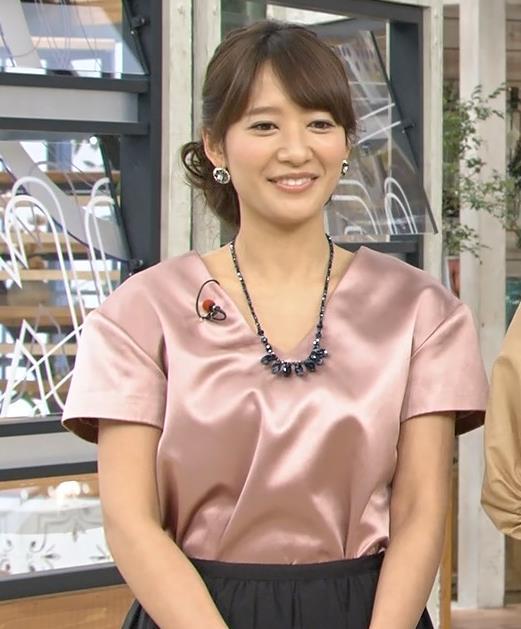 吉田明世 胸元キャプ・エロ画像6