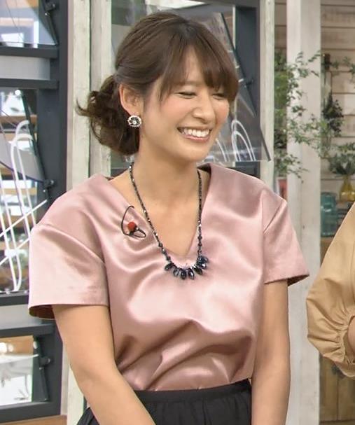 吉田明世 胸元キャプ・エロ画像8