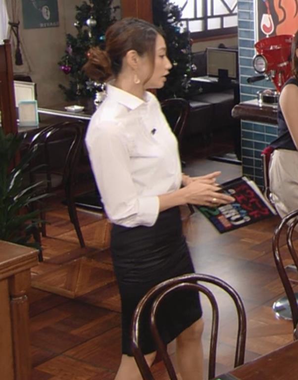眞鍋かをり タイトスカートキャプ・エロ画像5